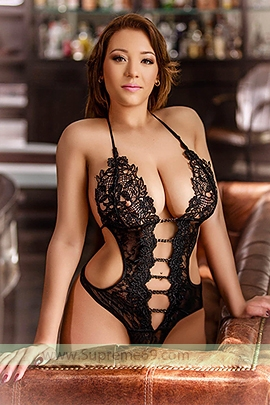 Brown Sloane Avenue SW3 London Escort Girl